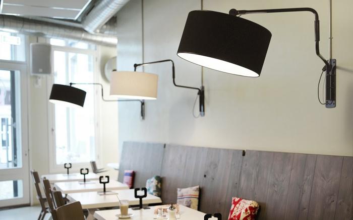 Functionals-Swivel-wall-lamp-drentenvandijk-zwart wit