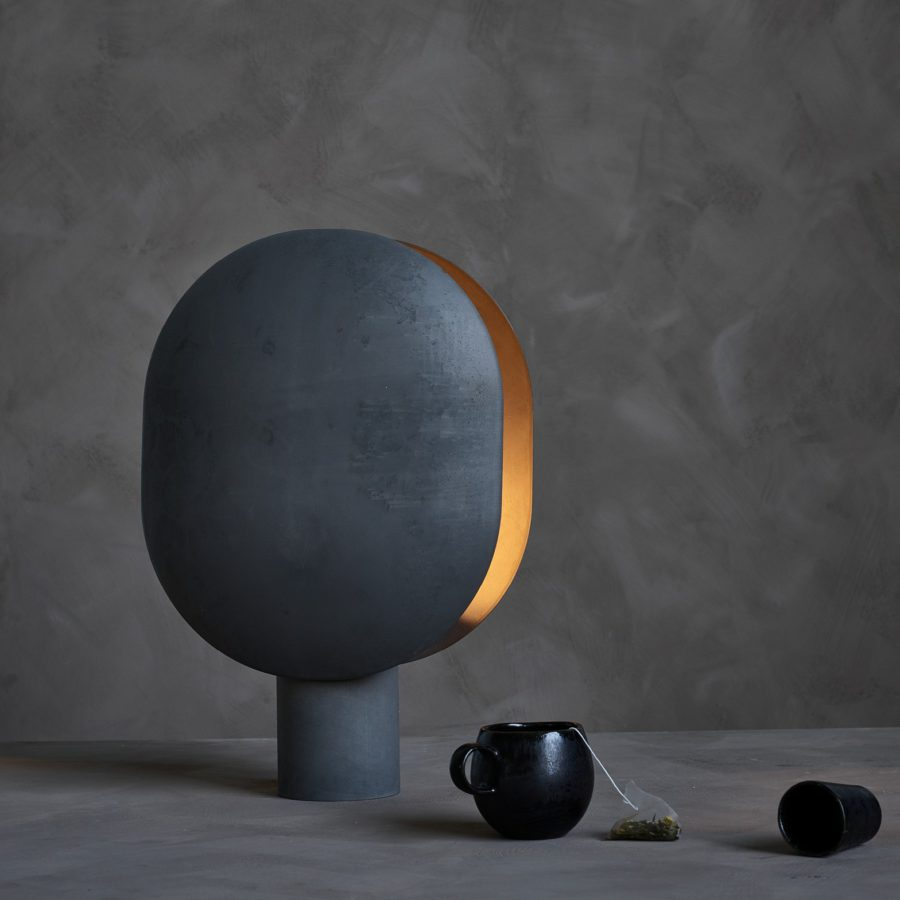 101 Copenhagen Clam table lamp