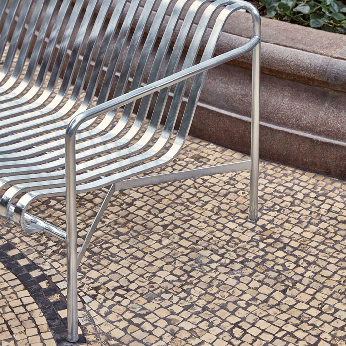 Hay Palissade lounge bench galvanized