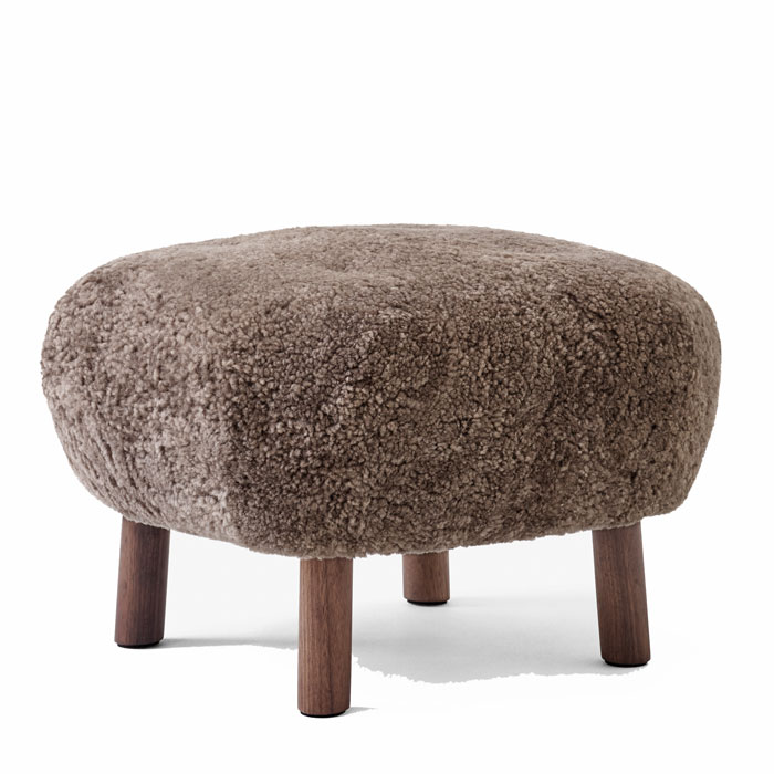 &tradition Little Petra Pouf ATD1 sheepskin Sahara oak