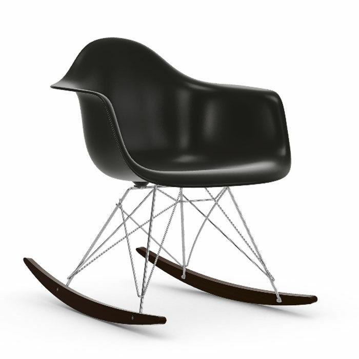 Vitra Eames RAR schommelstoel esdoorn donker