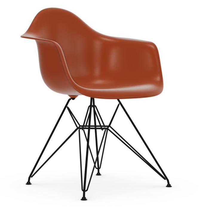 Vitra Eames Plastic Armchair DAR zwart onderstel rusty orange