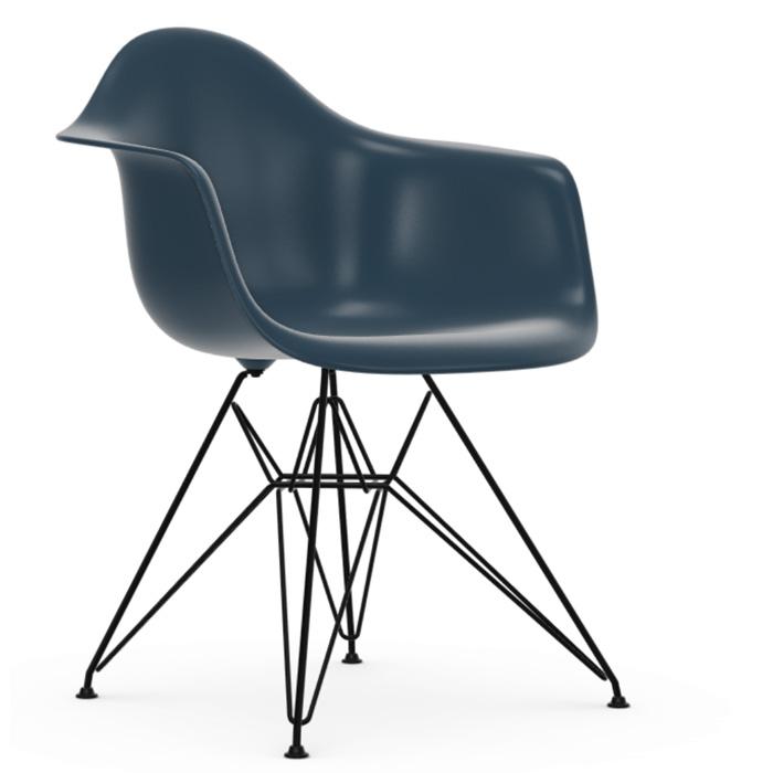 Vitra Eames Plastic Armchair DAR zwart onderstel seablue